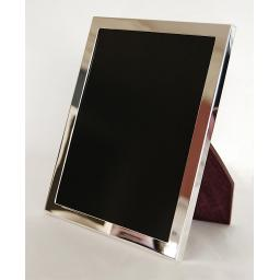 """Plain Sterling Silver Heavy Weight ½"""" Border Photo Frame."""